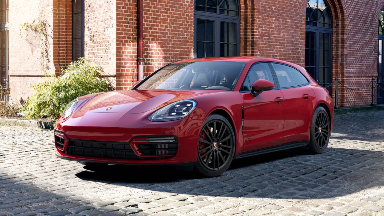 Porsche - Panamera GTS Sport Turismo -