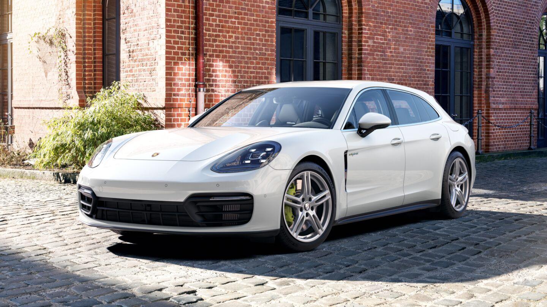 Porsche - Panamera 4S E-Hybrid Sport Turismo -