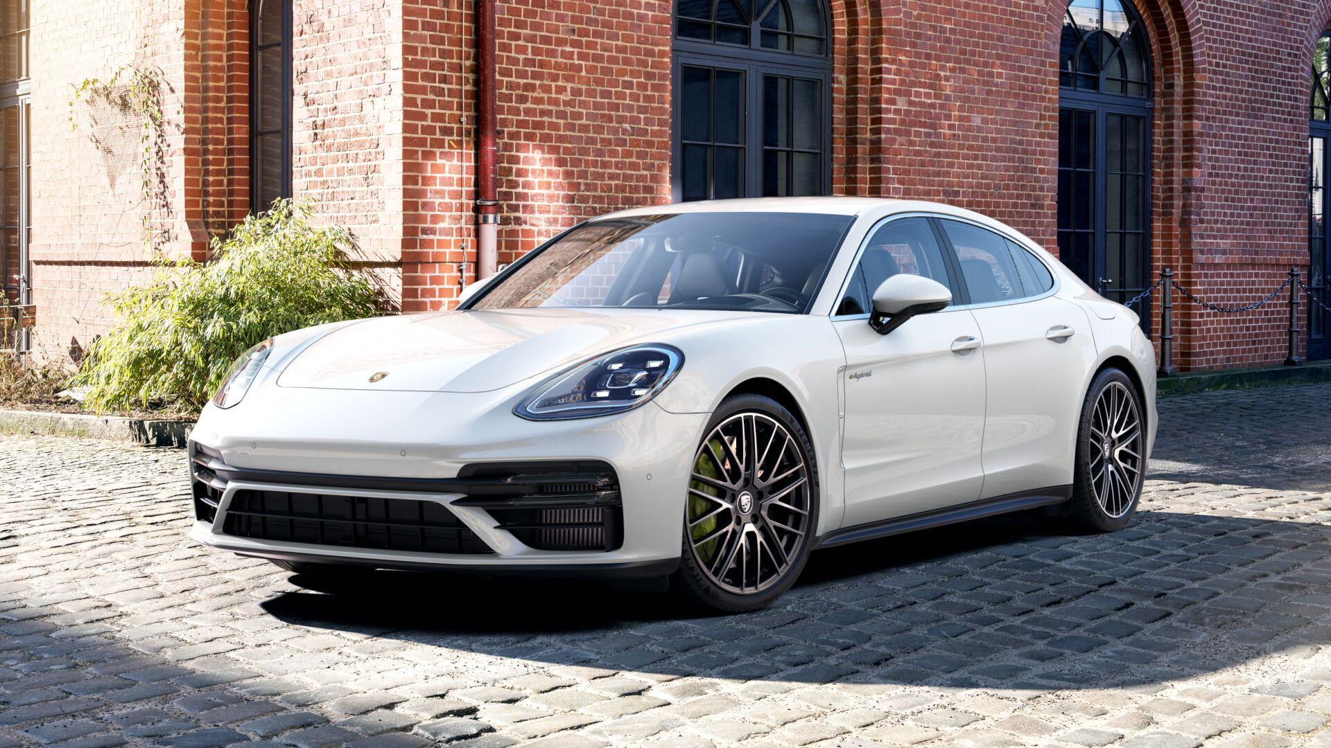 Porsche - Panamera Turbo S E-Hybrid -