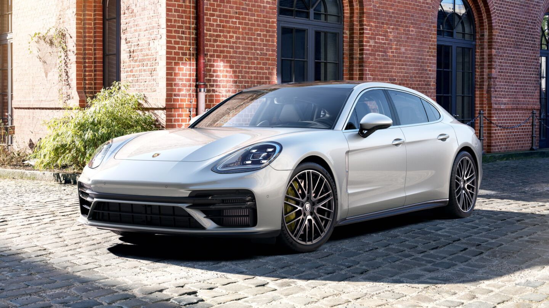 Porsche - Panamera Turbo S Executive - Движущая сила.