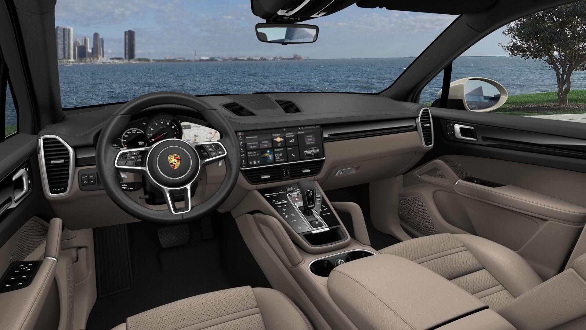 2021 Porsche Cayenne Black/Mojave Beige